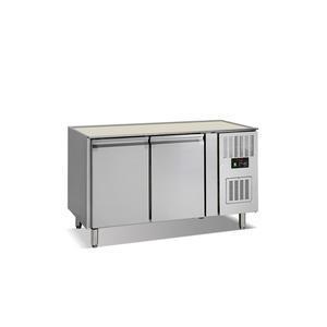 Chladicí stůl GN 1/1 s deskou 2dveřový